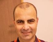 10 علاجات تجميلية يقدمها د. اياد مجادلة للحفاظ على مظهر شاب