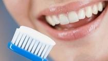 هام لكل أم :كيفية الاعتناء بأسنان الجنين في فترة الحمل!
