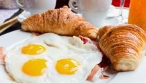 فوائد مدهشة لتناول البيض على الفطور