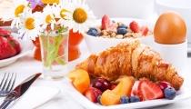 15 خطأ عند تناول الإفطار قد تتسبب في زيادة الوزن