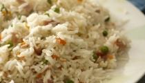 الأرز بالخضار ... وجبة صحية متكاملة