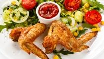 جوانح الدجاج مع صلصة الزعفران